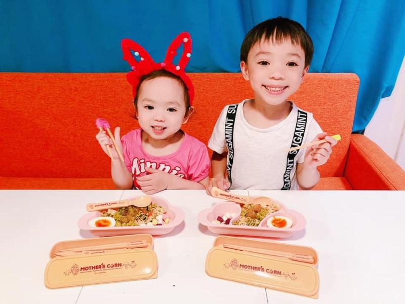 妹妹開始學用筷子食嘢喇♡Mother's Corn 學習筷子真係好方便喔♡ ...